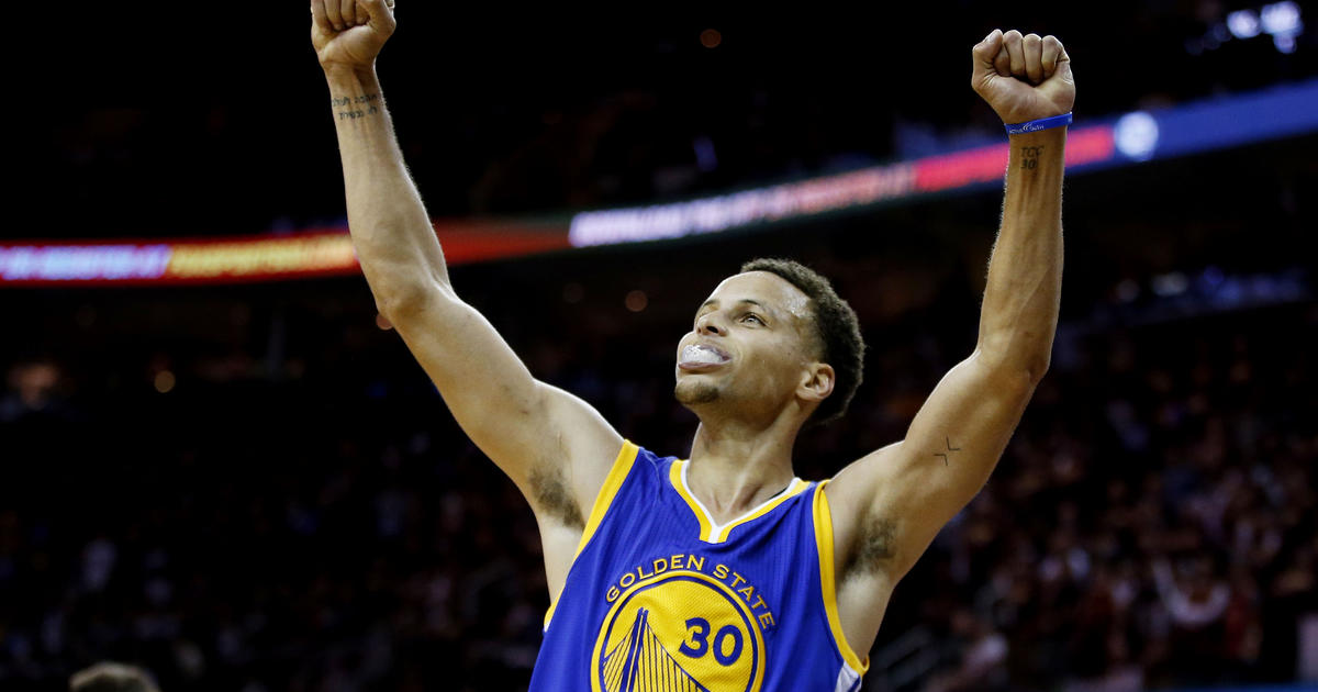 Warriors win NBA crown, beating Cavaliers 105-97 - CBS News