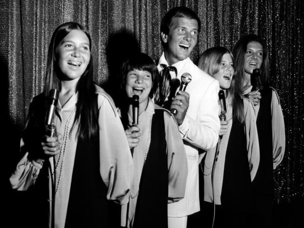 pat-boonevegas-family-show-70s.jpg
