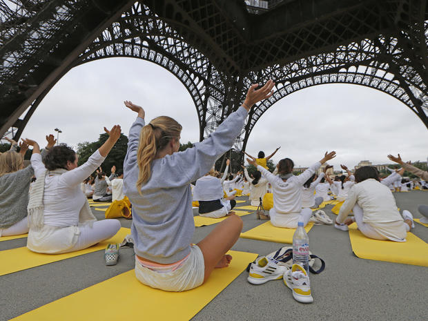 yoga-france-477958812.jpg