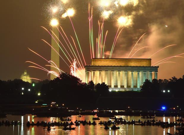 fireworks-washington-dc-promo-479499510.jpg