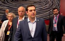 EU leaders continue to haggle over Greece's future