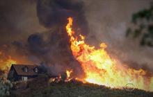 California wildfires force hundreds to evacuate