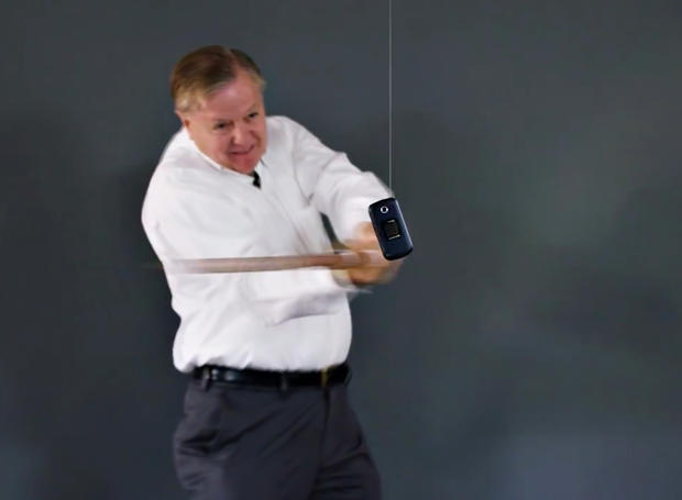 how-to-destroy-your-cell-phone-sen-lindsey-graham.jpg