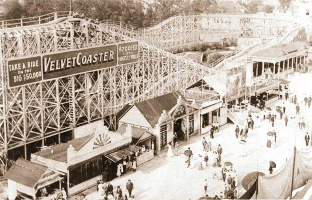 amusement-parks-velvet-coaster-chicago.jpg