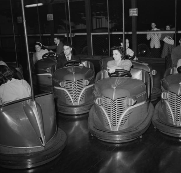 amusement-parks-southington-connecticut-bumper-cars-loc.jpg