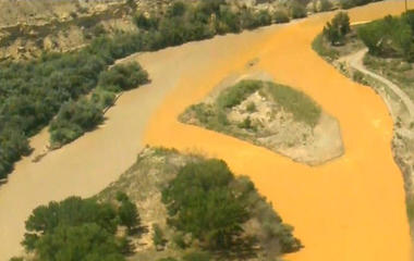 EPA takes blame for Colorado mine waste spill