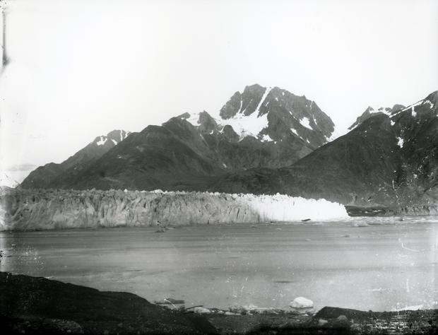 muir-glacier-and-inlet-1.jpg