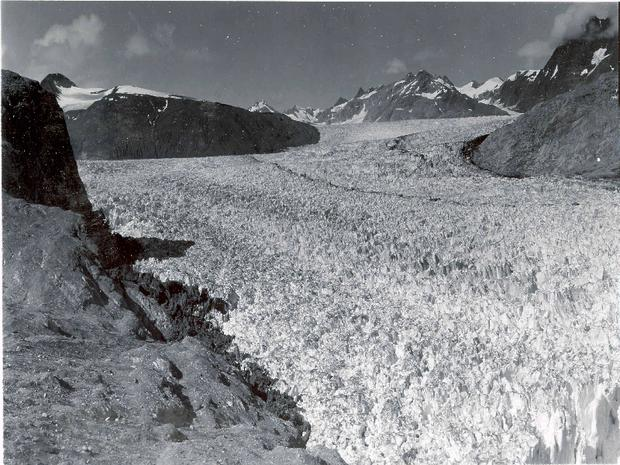 Vanishing glaciers of Alaska