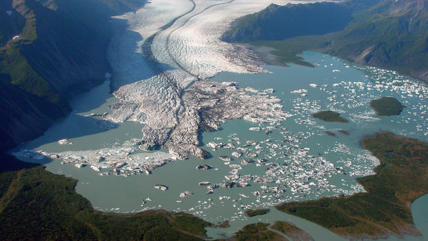 Vanishing glaciers of Alaska