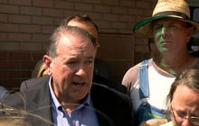 "Mike Huckabee on Kim Davis: ""I'm willing to go to jail in her place"""