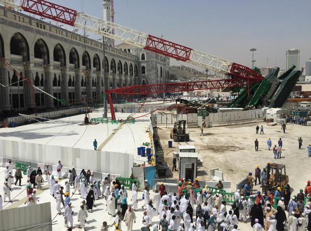 mosque-crane-1.jpg