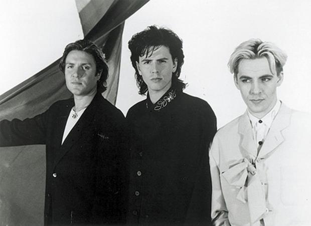 big-thing-1988-capitol-records-mark-bayley.jpg