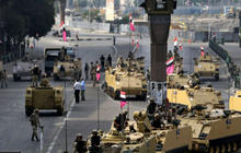 Pickering: Confrontation tearing Egypt apart