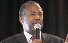 Trump steps up attack as Carson closes in on GOP race