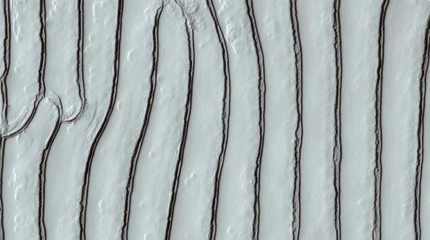 111120090332016001257935193since-2006-nasas-mars-reconnaissance-orbiter-mro.jpg