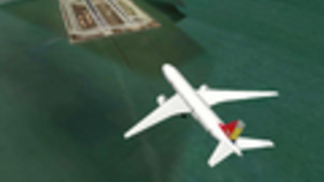 """Capt.. Sullenberger: Water, shifting winds make SFO a """"special"""" airport"""