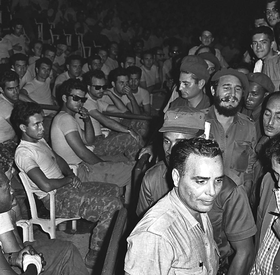 a review of the story of the failed invasion of cuba at the bay of pigs in 1961