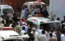 Suicide bombers kill more than 80 people in Pakistan church