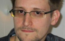 Biden speaks with Ecuador's president on Snowden