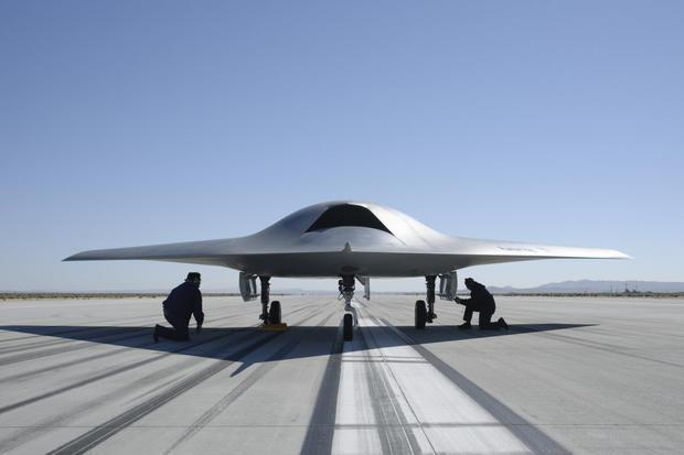 17-boeing-100-years-phantom-ray-prototype.jpg