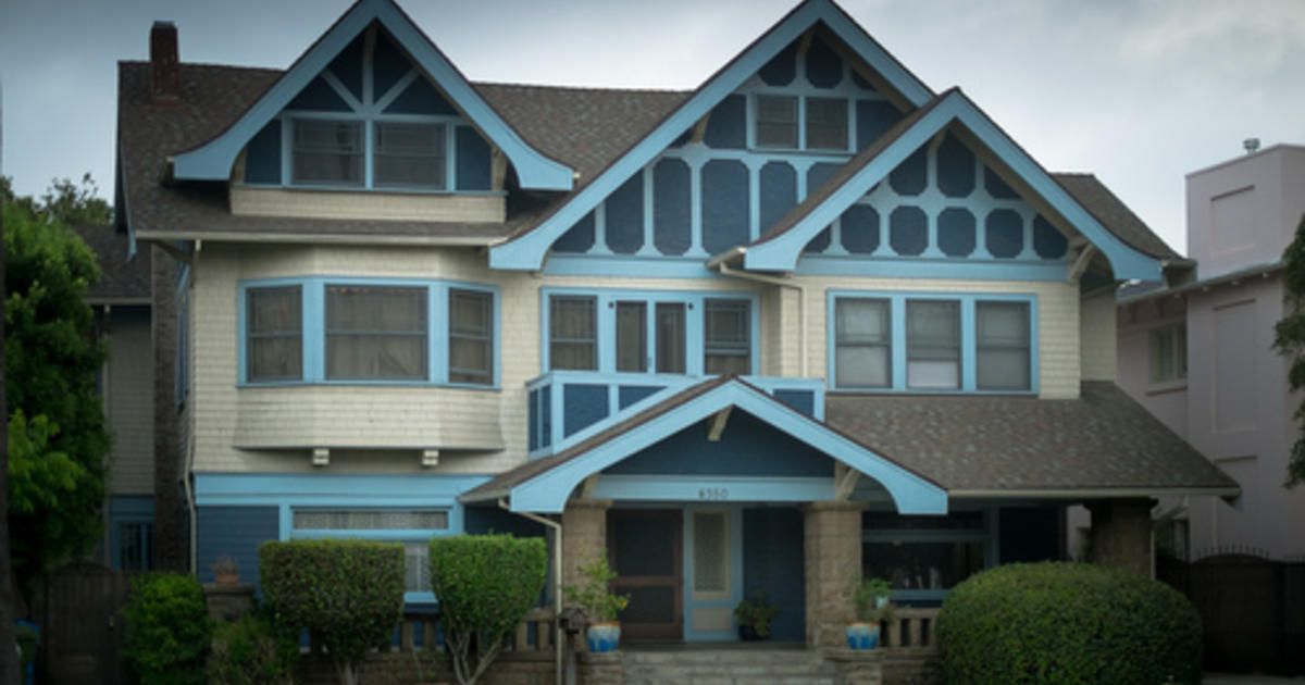 Famous Horror Movie Homes How Much Are They Really Worth Cbs News