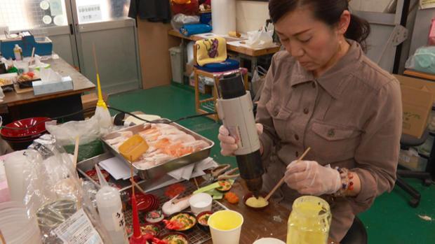 fake-food-manufacturing-06.jpg