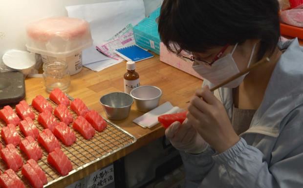 fake-food-manufacturing-02.jpg