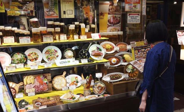 fake-food-display-08.jpg