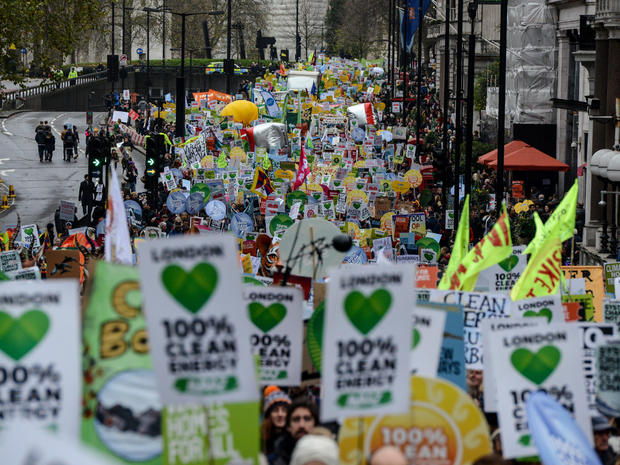 climate-protests-getty-499136474.jpg