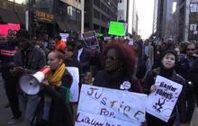 Protestors storm downtown Chicago demanding mayor's resignation