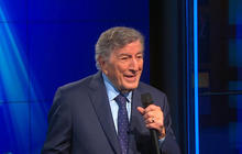 "Tony Bennett performs ""The Way You Look Tonight"""