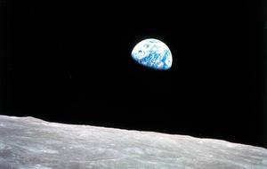 original-earthrise.jpg