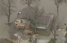 Evacuations ordered along Mississippi River as floodwaters rise