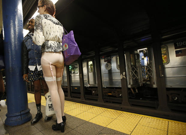 no-pants-subway-ride-ap499964696040.jpg