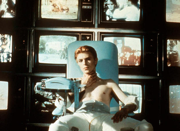 the-man-who-fell-to-earth-davie-bowie.jpg