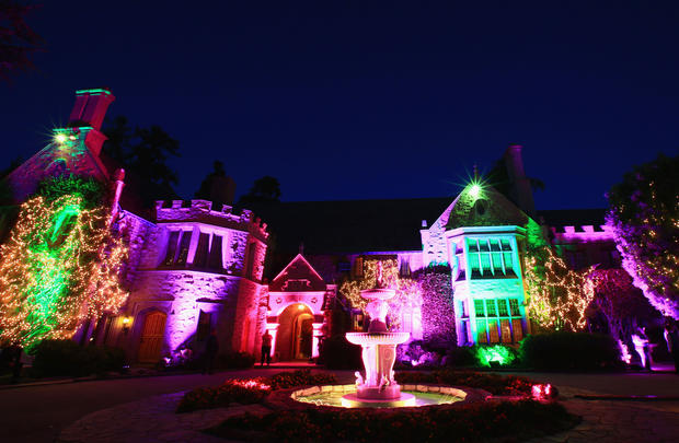 The Playboy Mansion A Look Inside The Playboy Mansion