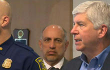 Michigan governor faces backlash for Flint's water crisis