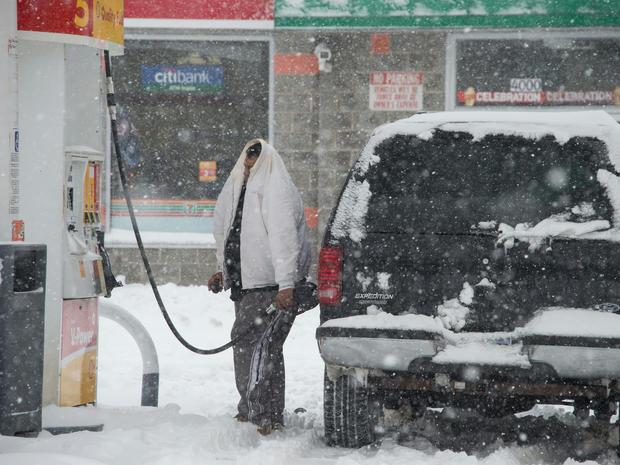 snow-storm-getty-506414224.jpg
