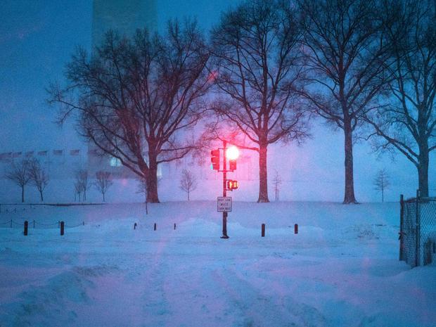 snow-storm-getty-506488622.jpg