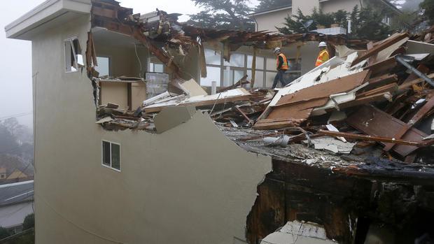 Crews demolish San Francisco house sliding down hill - CBS News