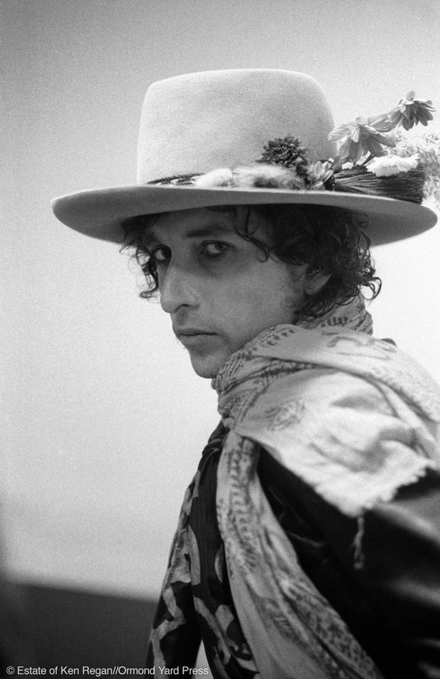 Bob Dylan15-hat-and-scarf-portrait-wm.jpg