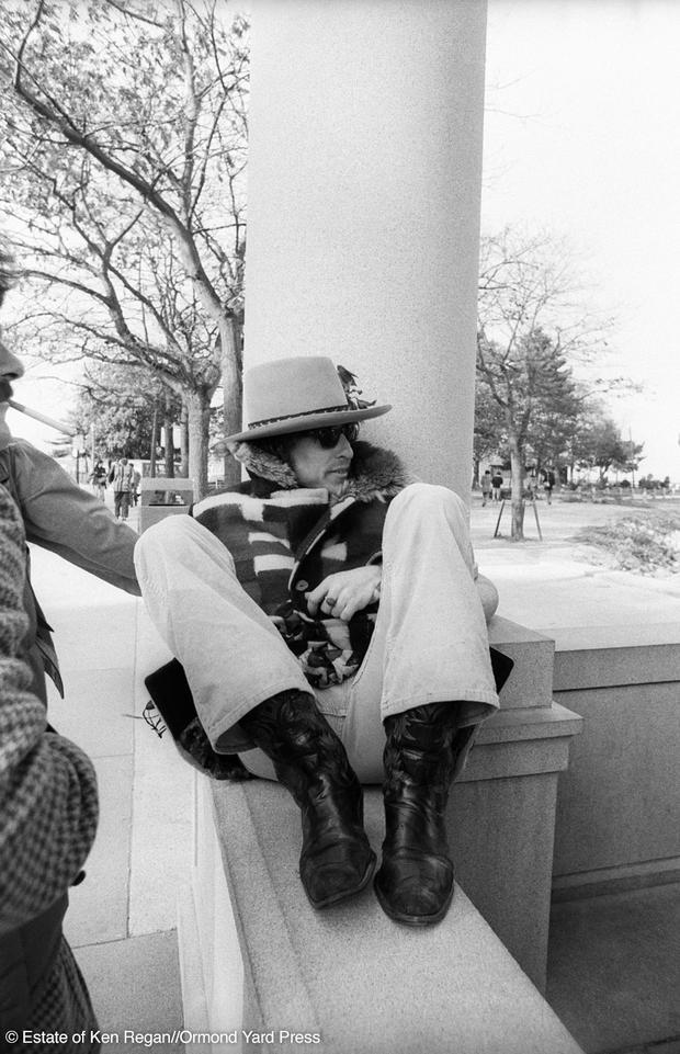 Bob Dylan21-plymouth-rock-wm.jpg