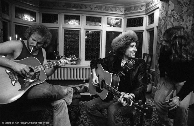 Rare photos of Bob Dylan's epic Rolling Thunder tour