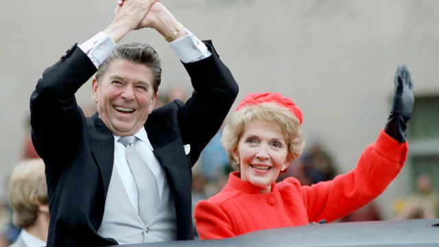ronald-and-nancy-reagan-inaugural-parade-01201981.jpg