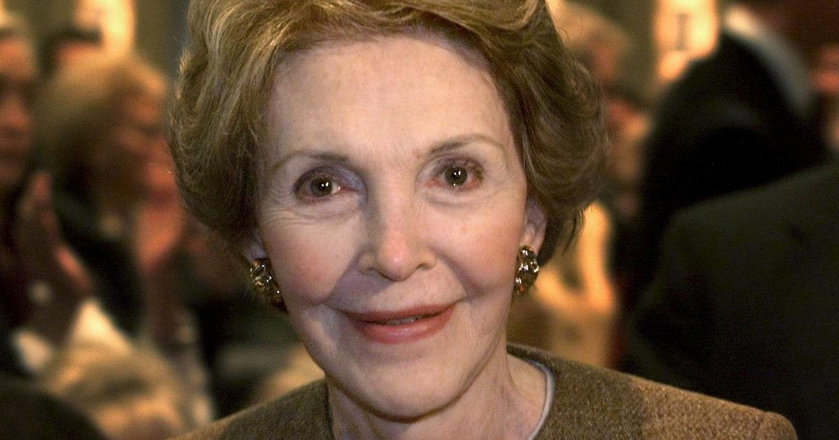 2016 candidates share thoughts on Nancy Reagan - CBS News
