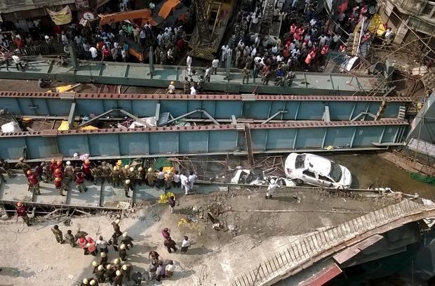 indiakolkatacollapse.jpg