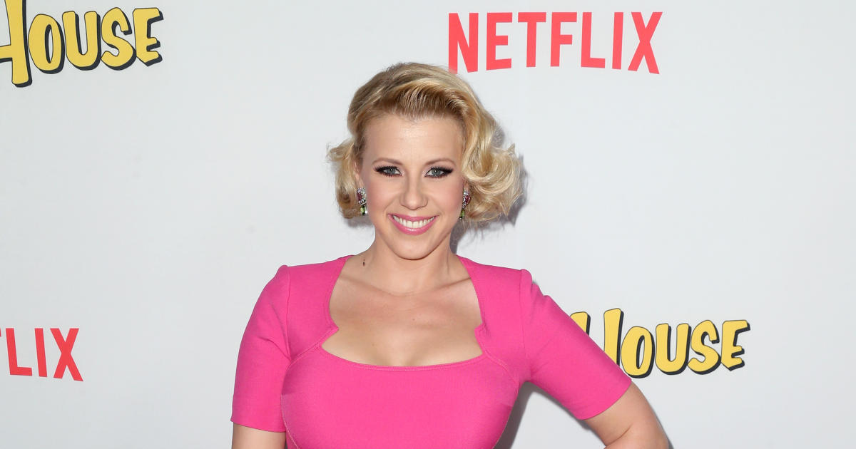 Jodie Sweetin Breaks Down On DWTS About Drug Abuse Past