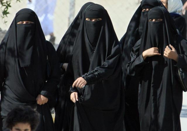 Friendship saudi arabia girl Date Women