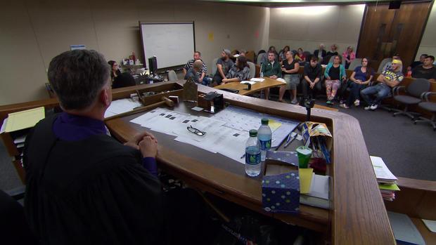 judge-scott-vanderkarr-court5.jpg