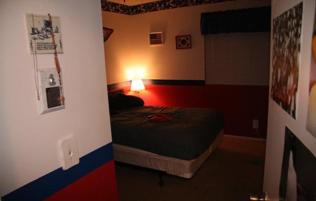 Laut bedroom